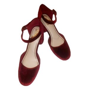 Circus by Sam Edelman Shoes - Sam Eldmen Circus Velvet Joelle Pumps (Size 6)